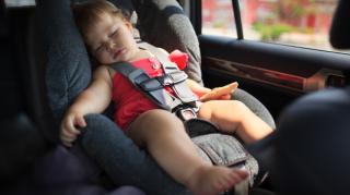 Дитячі автокрісла – обов'язкові: чому ввели штрафи та що чекає на таксистів?