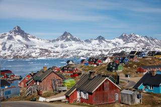 Гренландія продаватиме талу воду льодовиків