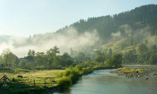 5 найцікавіших селищ Карпат