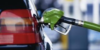 В ОАЕ бензин став дешевшим за воду